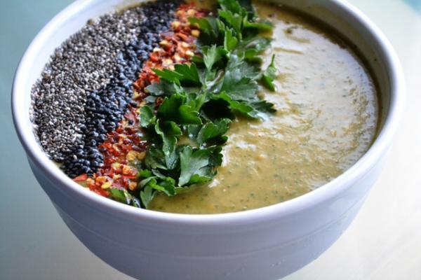 Spicy Parsley & Avocado Soup Recipe