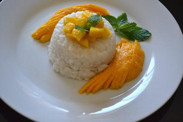 Thai Sticky Sweet Rice with Mangoes Cooking Recipe