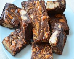 Almond Cheesecake Brownies (Gluten free) Baking Recipe