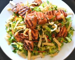 Chinese-style Grilled Salmon Salad Recipe
