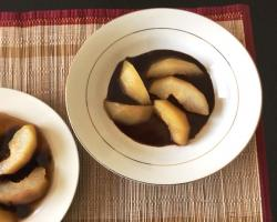 Sake Poached Pears w/ Wasabi Chocolate Sauce Cooking Recipe