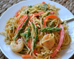 Thai Peanut Noodles w/ Shrimp & Veggies Cooking Recipe