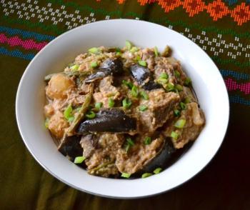 Slow Cooker Filipino Kare Kare Stew Cooking Recipe
