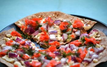 Grilled Flatbread Pizza w/ Smoked Salmon & Goat Cheese Recipe