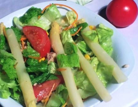 Ensalada Mixta (Mixed Green Salad w/ Asparagus) Recipe