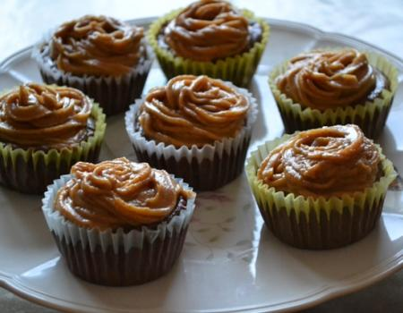 Mini Chocolate Cheesecakes w/ Peanut Butter Frosting Recipe
